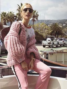 Pattern Solid Color Occasion Casual/Daily Material Acrylic Fibers Color Pink,Gray,Off White Size Free Size Cardigan Fashion, Knit Fashion, Fashion Outfits, Womens Fashion, Color Fashion, Space Fashion, Red Sweaters, Long Sweaters, Knitting Sweaters