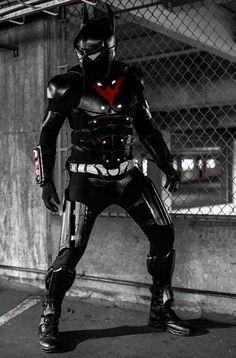 Batman Beyond Cosplay MK 2 by shanclaw on deviantART
