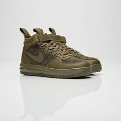 newest 9c564 7a3f9 A classic basketball boot gets winterized, the Nike Wmns Flyknit Workboot  features an olive Flyknit upper that keeps you dry and grippy through its  rugged ...