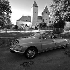 Citroën DS Cabriolet de série by Henri Chapron