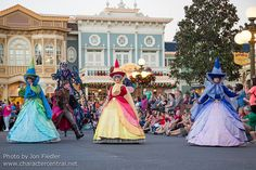 WDW Dec 2014 - Disney Festival of Fantasy | Flickr