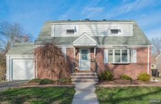 292 Lincoln Boulevard Emerson, NJ | Presented for Sale by the Gibbons Team.  This 4 bedroom 2 full bath home offers spacious living room, good sized bedrooms, eat in kitchen, full finished basement, and huge backyard.