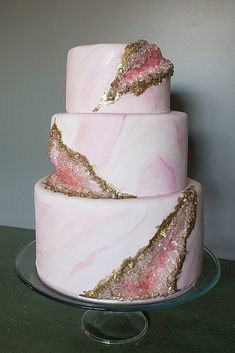 Be in trend! Geode Wedding Cakes For Stylish Event – Be in trend! Geode Wedding Cakes For Stylish Event Amazing Wedding Cakes, Unique Wedding Cakes, Wedding Cake Designs, Amazing Cakes, Unique Cakes, Pretty Cakes, Beautiful Cakes, Floral Wedding Cakes, Boho Wedding