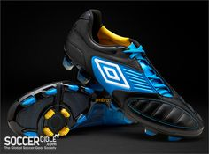 Umbro Geometra Pro Football Boots - Black/White/Blue - http://www.soccerbible.com/news/football-boots/archive/2011/10/13/umbro-geometra-pro-football-boots-black-white-blue.aspx