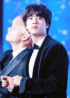 Seokjin, Jimin, Bts Jin, K Pop, Kdrama, V And Jin, All Bts Members, Golden Disk Awards, Worldwide Handsome