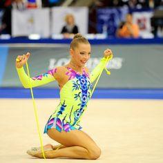 Melitina Staniouta of Belarus with rope apparatus.