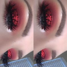 Ruby red eyeshadow using the Huda Beauty Desert Dusk Palette and Pat McGrath loo. - Ruby red eyeshadow using the Huda Beauty Desert Dusk Palette and Pat McGrath loose glitter ❤✨ # - Red Makeup Looks, Glitter Makeup Looks, Red Eye Makeup, Colorful Eye Makeup, Smokey Eye Makeup, Makeup Eyeshadow, Red Smokey Eye, Prom Makeup, Red Glitter Eyeshadow