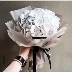 2,060 отметок «Нравится», 8 комментариев — 플로리스트 이주연 florist Lee Ju Yeon (@vanessflower) в Instagram: «. Lesson,Order kakaotalk ID vaness52 . #vanessflower #vaness #flower #florist #flowershop…»