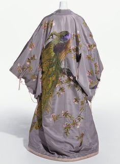 """Brand:   Iida Takashimaya  Label:   S.IIDA, """"TAKASHIMAYA"""" SILKS & EMBROIDERIES. KYOTO. 1906"""