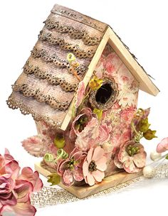 Scrap Escape: Going Off the Page - With Flying Unicorns Wooden Birdhouse and Frank Garcia Fun Crafts, Arts And Crafts, Paper Crafts, 3d Paper, Birdhouse Craft, Bird Houses Painted, Shabby Chic Crafts, Christmas Swags, Do It Yourself Crafts
