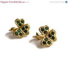 SALE 13 OFF Vintage Avon Clover Clip On Earrings by ilovemy1984, $8.92