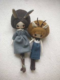 Little Deer and Little Bunny; by Evangelione. She has some seriously adorable little dolls on her blog!