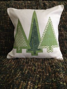 Christmas Tree Quilt, Christmas Patchwork, Christmas Cushions, Christmas Applique, Christmas Sewing, Christmas Fabric, Christmas Pillow, Handmade Christmas, Christmas Diy