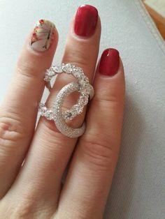 Серебро.кольцо.камни цирконы