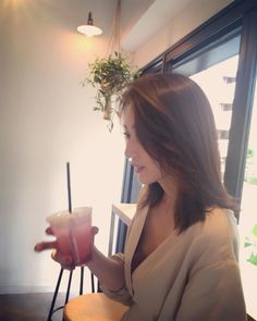 nanako ohkouchiさんはInstagramを利用しています:「久しぶり来た #麻布十番 。 相棒 @takumayui と徘徊。 かわいいカフェ見つけた〜☺︎ #cafe #麻布十番 #shonanhealthista #mtg」