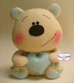 *FELT ART ~ Teddy bear with mold for making handwork in felt Handmade Baby Gifts, Handmade Toys, Bear Felt, Felt Crafts Patterns, Fabric Toys, Sewing Toys, Felt Diy, Stuffed Animal Patterns, Felt Dolls