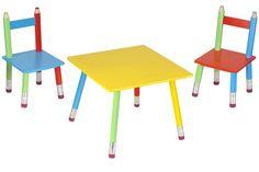 Salon pour enfant Crayons 1 Table et 2 Chaises. Pour colorier, dessiner, travailler : cette chambre sera parfaite pour une déco de chambre d'enfant. Salon Crayons disponible sur www.jardindeco.com