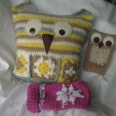 A wee crochet owl cushion and a couple of phone covers.