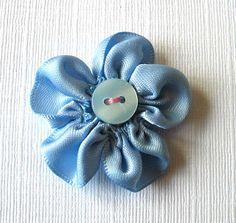 Pulled thread ribbon flower