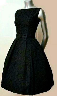 New vintage clothes women dresses classy chic 70 ideas Trendy Dresses, Cute Dresses, Casual Dresses, Short Dresses, Fashion Dresses, Formal Dresses, Fashion Shoes, Vintage Dresses 50s, Vestidos Vintage