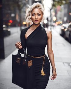 @micahgianneli | Black & gold wearing @santinanicole_thelabel  ✨✨