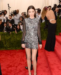 Miranda Kerr went overboard with bling. She is the disco ball of this party ;) a gorgeous disco ball, but flashey, none the less