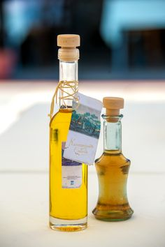 Bio certified homemade olive oil (left) and vinegar (right) by P.P Corp. Homemade Products, Vinegar, Olive Oil, Vodka Bottle, Greece, Pure Products, Drinks, Greece Country, Drinking