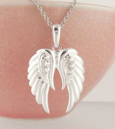 Pair of Angel Wings Necklace in Sterling Silver