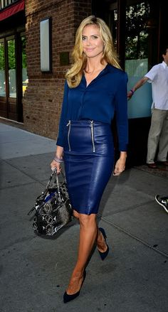 Hochmütig Deutsch Frauen in Leder / Arrogant German Women In Leather: Heidi Klum in blue leather