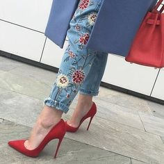 Embroidered jeans | fashion inspiration | women's fashion | style