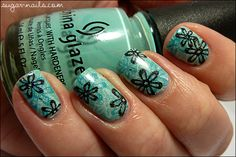 Flowery Spring Manicure