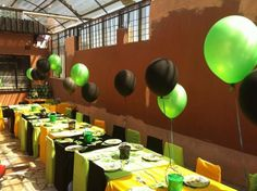 Ben 10 Party green & black balloons