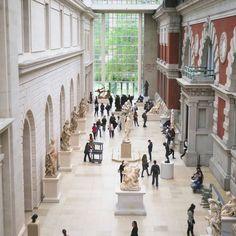 Still finding the new spaces of this place ❧ #themet #spaceinbetween