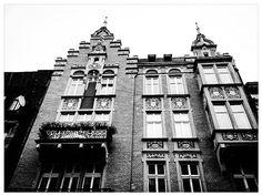 #Katowice, ul. Stawowa 10, #townhouse #kamienice #slkamienice #silesia #śląsk #properties #investing #nieruchomości #mieszkania #flat #sprzedaz #wynajem Ul, Poland, Townhouse, Southern, Architecture, Arquitetura, Terraced House, Architecture Design