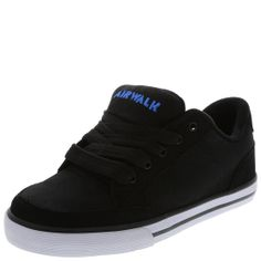 c15ce928ae1 Give him laid-back Airwalk style with this skate shoe. It features a durable