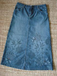 denim skirt with flowers