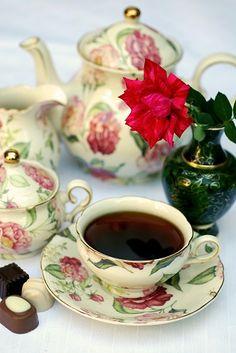 Добавляют ли в чай коньяк