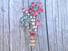 Vintage floral bouquet brooch clear pink blue by MeyankeeGliterz