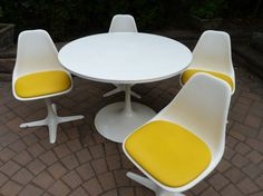AWESOME mid century Modern SAARINEN style Burke DINING by CIRCA60, $995.00
