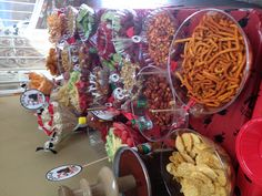 Graduation chamoy dessert table with peanuts, sabritones, duros, chips, fruit, chamoy apples, pelones Mexican Birthday Parties, Mexican Fiesta Party, Fiesta Theme Party, Mexican Snacks, Mexican Food Recipes, Chamoy Apples, Mexican Dessert Table, Quince Decorations, Tacos