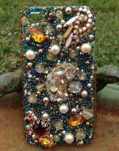 Stunning Vintage iPhone 4/4s Case by Kianaskases on Etsy, $70.00