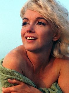 Photo by George Barris - Marilyn photographed , 1962.