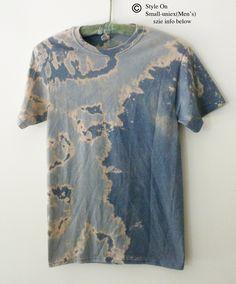 Bleach Tie Dye Discover Tie dye T shirt Blue Acid wash Shirt pink gray Galaxy Tee shirt Grunge Boho Rocker graphic Small unisex Diy Tie Dye Shirts, Diy Shirt, Bleach Tie Dye, Tye Dye, Tie Dye Supplies, Acid Wash Shirt, Style Urban, Tie Dye Crafts, Tie Dye Patterns