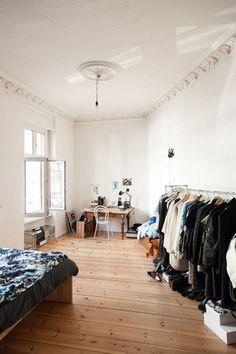 (EN) Viviane Hausstein - Friends of Friends – Viviane Hausstein – Stylist & Fashion Designer, Apartment & Neighborhood, - Decoration Inspiration, Room Inspiration, Minimalist Decor, Minimalist Apartment, My New Room, Small Spaces, Living Spaces, Sweet Home, Bedroom Decor