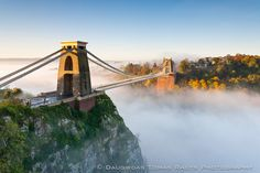 Clifton Bridge in Bristol, England. Already pinned lots of this bridge. But this is just a really cool picture.