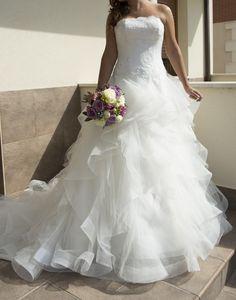 ¡Nuevo vestido publicado! Pronovias 2014 mod. Pronovias 2015 Modelo Leante ¡por sólo 1300€! ¡Ahorra un 40%! http://www.weddalia.com/es/tienda-vender-vestido-novia/pronovias-2014-mod-pronovias-2015-modelo-leante/ #VestidosDeNovia vía www.weddalia.com/es