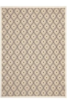 Coordinate indoor and outdoor spaces with pretty and practical area rugs from the Veranda collection in designs from mod florals to traditional classics. Power loomed of enhanced polypropylene for easy care whether used on you patio or family room floors, the large loop texture and soft hand of Veranda rugs belie their superb resistance to wear and weather.
