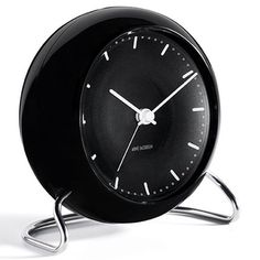 Rosendahl Table clock City Hall black by Arne Jacobsen. Table clocks are back. After many years of being forgotten, with the Arne Jacobsen relaunch the table clock is making a strong comeback into modern interior furnishings. Arne Jacobsen, Design Hotel, Architect Table, Led Licht, Home Gadgets, Light Sensor, Danish Design, Modern Interior Design, Bucket Lists