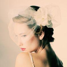 Abstract fashion forward veil from Sara Gabriel, everything Carrie Bradshaw would love! {Sara Gabriel via Accessory Ave}