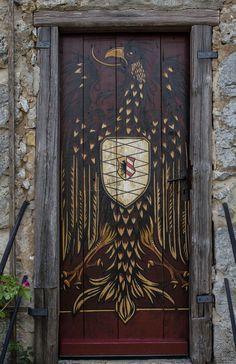 Door and Entrance in Hohenstein Castle - Kirchensittenbach, Bavaria, Germany Grand Entrance, Entrance Doors, Doorway, Cool Doors, Unique Doors, When One Door Closes, Door Entryway, Knobs And Knockers, Door Gate